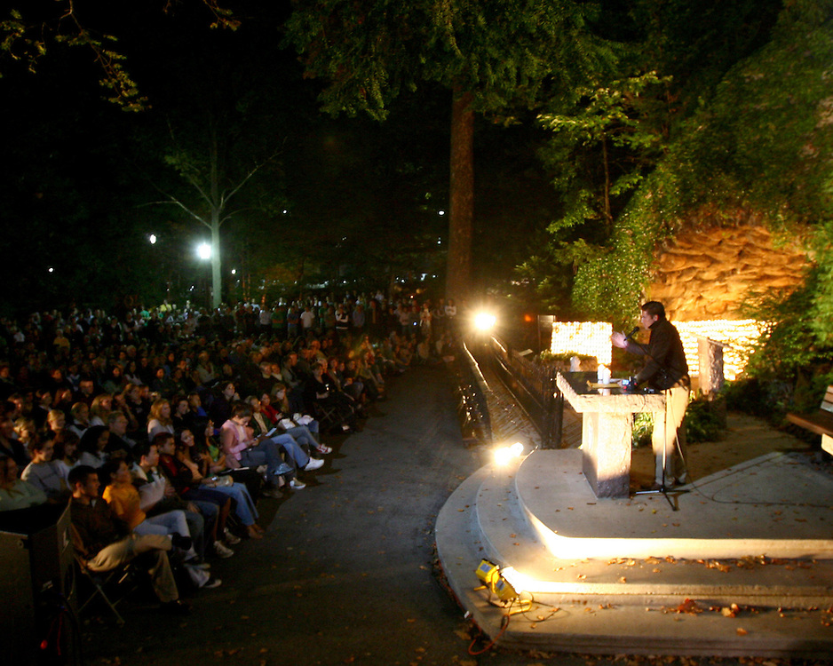 Oct. 13, 2005; Actor Jim Caviezel speaks after praying the Rosary at the Grotto on the Thursday night before the 2005 USC game...Photo by Matt Cashore..