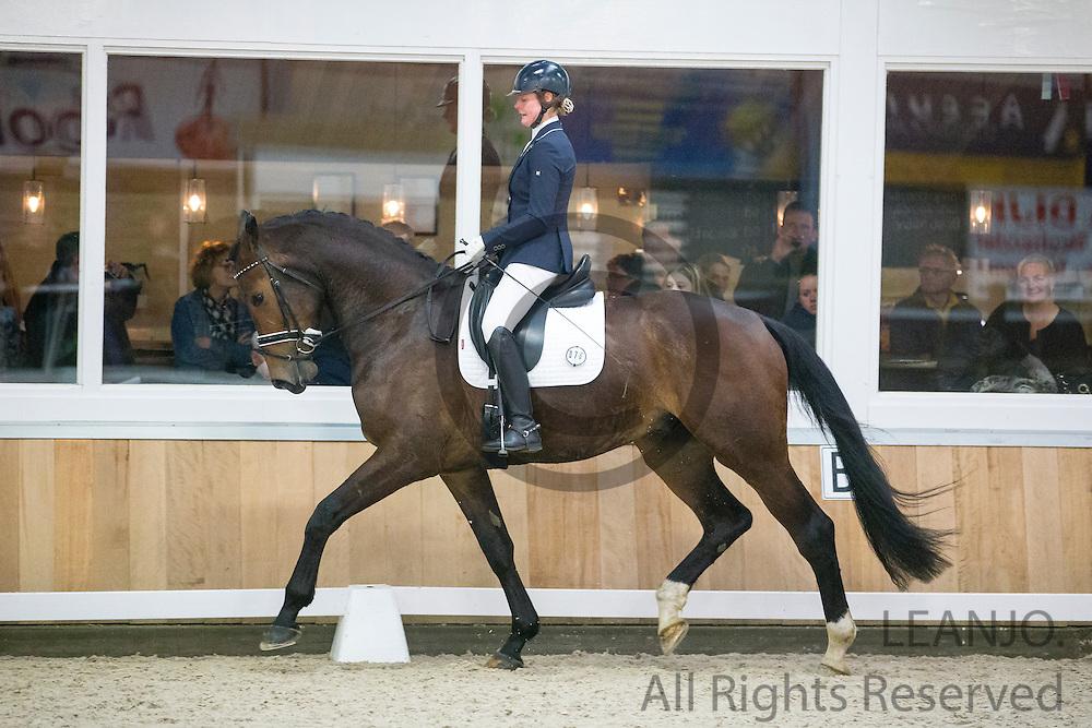Lisanne Brooijmans - Hertog Jan L<br /> Stal van de Sande Dressuurtalent 2016<br /> &copy; DigiShots