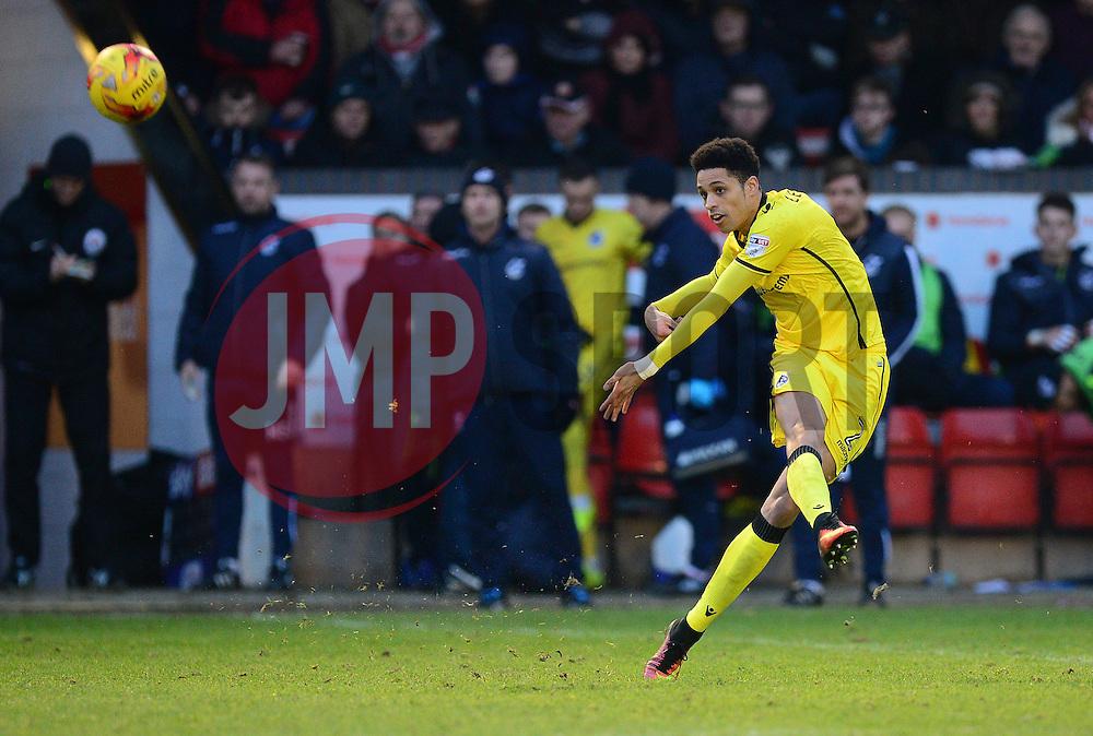 Daniel Leadbitter of Bristol Rovers - Mandatory by-line: Alex James/JMP - 21/01/2017 - FOOTBALL - Banks's Stadium - Walsall, England - Walsall v Bristol Rovers - Sky Bet League One