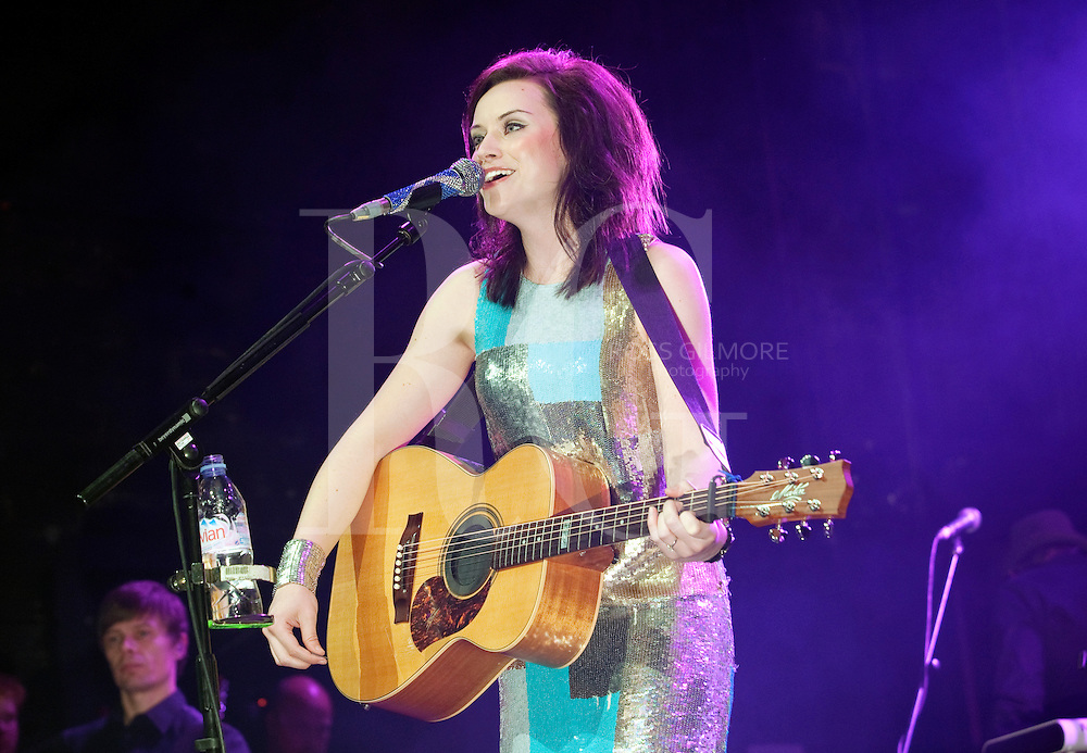 GLASGOW, UNITED KINGDOM - OCTOBER 21: Amy Macdonald performs on stage at O2 Carling Academy on October 21, 2010 in Glasgow, Scotland. (Photo by Ross Gilmore)