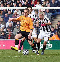 Photo: Mark Stephenson/Sportsbeat Images.<br /> West Bromwich Albion v Wolverhampton Wanderers. Coca Cola Championship. 25/11/2007.Wolve's Freddy Eastwood on the ball from Paul Robinson