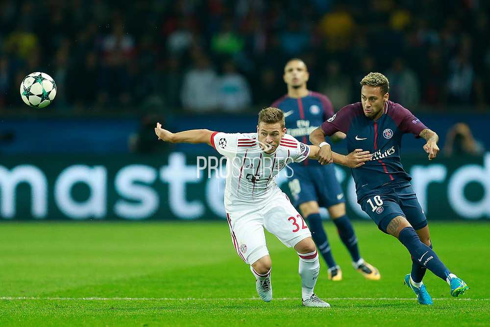 Bayern Munich's German defender Joshua Kimmich vies with Paris Saint Germain's Brazilian forward Neymar Jr during the UEFA Champions League, Group B football match between Paris Saint-Germain and Bayern Munich on September 27, 2017 at the Parc des Princes stadium in Paris, France - Photo Benjamin Cremel / ProSportsImages / DPPI