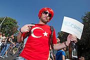 2013/06/15 Roma, corteo del Gay Pride 2013. Nella foto un manifestante.<br /> Rome, Gay Pride rally 2013. In the picture an homosexual - &copy; PIERPAOLO SCAVUZZO
