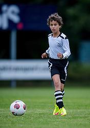 06-10-2016 NED: Selectie 2016-2017 vv Maarssen O10-1, Maarssen<br /> Fotoshoot de jeugd O10-1 van vv Maarssen / Roan