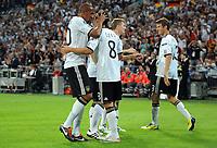 Fotball<br /> Tyskland<br /> 02.09.2011<br /> Foto: Witters/Digitalsport<br /> NORWAY ONLY<br /> <br /> 4:2 Jubel v.l. Jerome Boateng, Torschuetze Mesut Oezil, Toni Kroos, Thomas Mueller (Deutschland)<br /> <br /> Fussball, EM-Qualifikation, Tyskland v Østerrike