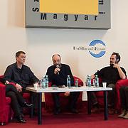 press_conf_ivanovek_karacsonya