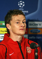 Photo: Paul Thomas.<br /> Manchester United training session. UEFA Champions League. 16/10/2006.<br /> <br /> Ole Gunnar Solskjaer.