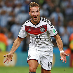 13.07.2014, Maracana, Rio de Janeiro, BRA, FIFA WM, Deutschland vs Argentinien, Finale, im Bild Jubel bei Mario Goetze (GER) nach seinem Tor zum 1:0 in der Verlaengerung. // during Final match between Germany and Argentina of the FIFA Worldcup Brazil 2014 at the Maracana in Rio de Janeiro, Brazil on 2014/07/13. EXPA Pictures © 2014, PhotoCredit: EXPA/ Eibner-Pressefoto/ Cezaro<br /> <br /> *****ATTENTION - OUT of GER*****