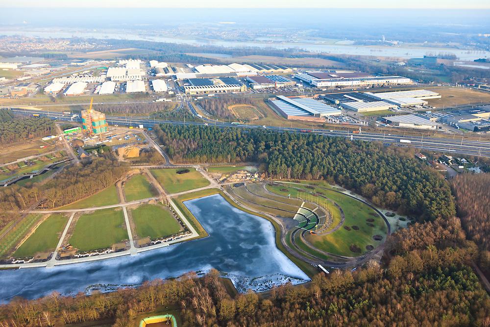 """Nederland, Limburg, Venlo, 10-01-2011;.aanleg park voor de Wereldtuinbouwtentoonstelling Floriade 2012 door ARCADIS en Dura Vermeer Infrastructuur. Het park ligt in de 'oksel' van knooppunt Zaarderheiken, vlak bij het tuinbouwgebied en de veiling en is is onderdeel van bestemmingsplan Klavertje 4 (met onder andere Tradeport, Freshpark Venlo/ Greenpark Venlo)  A73 midden in beeld. achtergrond. Construction of the park for the World Horticultural Exhibition Floriade 2012 by ARCADIS Infrastructure and Dura Vermeer. The park lies in the """"armpit"""" of Zaarderheiken near the horticultural area and the auction. luchtfoto (toeslag), aerial photo (additional fee required) foto/photo Siebe Swart"""
