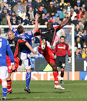 Photo: Mark Stephenson.<br />Leicester City v Queens Park Rangers. Coca Cola Championship. 17/03/2007. QPR's Damion Stewart (L) with Leicester's Geoff Horsfield