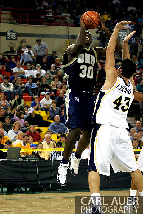25 November 2005: Caleb Green (30) takes a shot over Marquette Golden Eagle Ryan Amoroso (43) in the 70-73 loss to Marquette University at the Great Alaska Shootout in Anchorage, Alaska