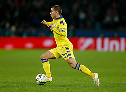Eden Hazard of Chelsea in action - Photo mandatory by-line: Rogan Thomson/JMP - 07966 386802 - 17/02/2015 - SPORT - FOOTBALL - Paris, France - Parc des Princes - Paris Saint-Germain v Chelsea - UEFA Champions League, Last 16, First Leg.