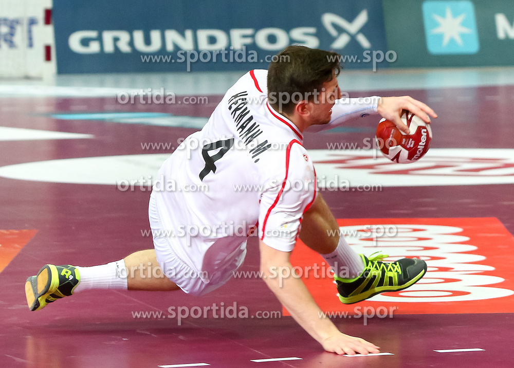 22.01.2015, Lusail Multipurpose Hall, Lusail, QAT, IHF, Handball Weltmeisterschaft der Herren, QAT, IHF WM, Herren, Österreich vs Katar, Achtelfinale, im Bild Maximilian Hermann (AUT) // during the IHF Handball World Championship round of last 16 match between Austria and Qatar at the Lusail Multipurpose Hall, Lusail, Qatar on 2015/01/22. EXPA Pictures © 2015, PhotoCredit: EXPA/ Sebastian Pucher