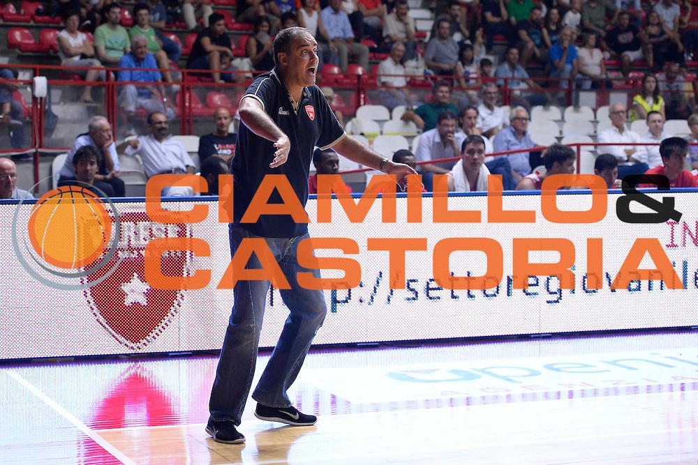 Paolo Moretti<br /> Torneo Dei Consorzi<br /> Openjobmetis Varese - Siena<br /> Lega Basket Serie A 2016/2017<br /> Varese 02/09/2016<br /> Foto Ciamillo-Castoria