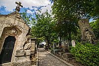 Le Cimetière Pere Lachaise