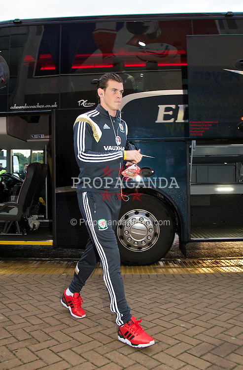 CARDIFF, WALES - Friday, October 10, 2014: Wales' Gareth Bale arrives before the UEFA Euro 2016 qualifying match against Bosnia and Herzegovina at the Cardiff City Stadium. (Pic by David Rawcliffe/Propaganda)