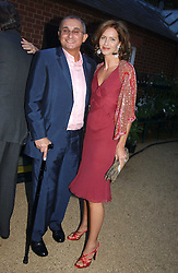 TRINNY WOODALL and her husband JONNY ELICHAOFF at the Cartier Chelsea Flower Show dinat the annual Cartier Flower Show Diner held at The Physics Garden, Chelsea, London on 23rd May 2005.<br /><br />NON EXCLUSIVE - WORLD RIGHTS