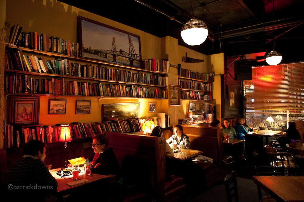 Pub, Portland.