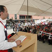 Ecatepec, Mex.- Luis Maccise Uribe, Delegado de la Cruz Roja en el Estado de Mexico, durante la ceremonia de la toma protesta a Juan Antonio Ledezma Garfias como Presidente del Consejo de la Institucion en Ecatepec. Agencia MVT / Diego Flores. (DIGITAL)<br /> <br /> <br /> <br /> <br /> <br /> <br /> <br /> NO ARCHIVAR - NO ARCHIVE