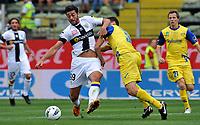 """Marco ANDREOLLI (Chievo Verona), Graziano PELLE (Parma)<br /> Parma 18/9/2011 Stadio """"Ennio Tardini""""<br /> Serie A 2011/2012 <br /> Football Calcio Parma Vs Chievo Verona<br /> Foto Insidefoto Alessandro Sabattini"""