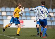 FODBOLD: Stefan Fjeldsted Jensen (Ølstykke FC) afslutter under kampen i Serie 2 mellem Ølstykke FC og Humlebæk Boldklub den 6. april 2019 på Ølstykke Stadion. Foto: Claus Birch.