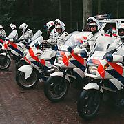 Nieuweroordrit 1998, politie motoren voor de begeleiding