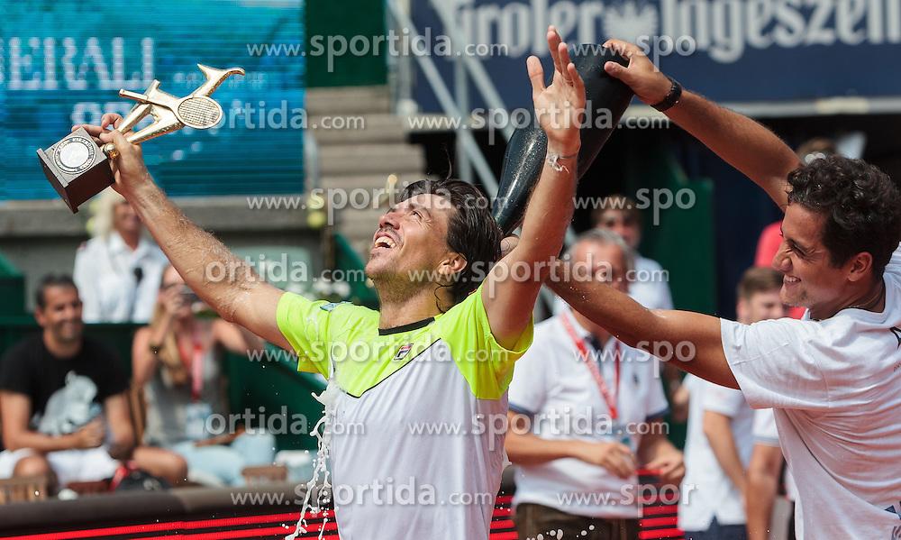 08.08.2015, Sportpark, Kitzbuehel, AUT, ATP World Tour, Generali Open, Finale, Doppel, im Bild v.l.: Carlos Berlocq (ARG) und Nicolas Almagro (ESP) // f.l.: Carlos Berlocq of Argentina and Nicolas Almagro of Spain celebrate after winning men' s duobles Final match of the Generali Open tennis tournament of the ATP World Tour at the Sportpark in Kitzbuehel, Austria on 2015/08/08. EXPA Pictures © 2015, PhotoCredit: EXPA/ JFK