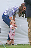 Prince George Takes 1st Steps