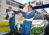 Ål 180103 - Rally - Henning Solberg og kartleser Cato Menkerud vant NM åpningen i rally i Hallingdal med lånt bil.<br /> <br /> Foto: Andreas Fadum, Digitalsport