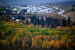 CANADA ALBERTA PACE RIVER 12OCT09 - The valley of Peace River in northern Alberta, Canada...Significant deposits of Bitumen, also known as tarsands have been found in the area around Peace River and Slave Lake, thus threatening the continued existence of flora and fauna of the Boreal through oil and gas developments...The Canadian boreal region represents a tract of land over 1,000 kilometres wide separating the tundra in the north and temperate rain forest and deciduous woodlands that predominate in the most southerly and westerly parts of Canada. ..The boreal region contains about 14% of Canada's population. With its sheer vastness and integrity, the boreal makes an important contribution to the rural and aboriginal economies of Canada, primarily through resource industries, recreation, hunting, fishing and eco-tourism...Photo by Jiri Rezac / GREENPEACE