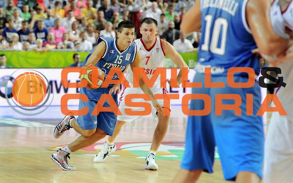DESCRIZIONE : Capodistria Koper Slovenia Eurobasket Men 2013 Preliminary Round Russia Italia Russia Italy<br /> GIOCATORE : Andrea Cinciarini<br /> CATEGORIA : palleggio penetrazione<br /> SQUADRA : Italia<br /> EVENTO : Eurobasket Men 2013<br /> GARA : Russia Italia Russia Italy<br /> DATA : 04/09/2013 <br /> SPORT : Pallacanestro&nbsp;<br /> AUTORE : Agenzia Ciamillo-Castoria/N. Dalla Mura<br /> Galleria : Eurobasket Men 2013 <br /> Fotonotizia : Capodistria Koper Slovenia Eurobasket Men 2013 Preliminary Round Russia Italia Russia Italy
