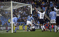 Photo. Glyn Thomas.<br /> Manchester City v Tottenham Hotspur. FA Cup fourth round. <br /> City of Manchester Stadium, Manchester. 25/01/2004.<br /> Spurs' Gary Doherty puts his side level.