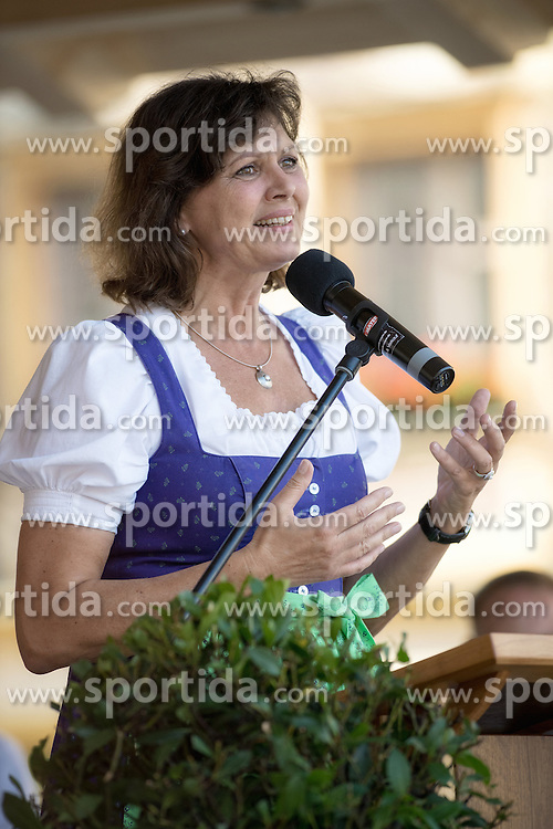 10.09.2016, Stadtplatz, Traunstein, GER, 70 Jahre JU Oberbayern, im Bild Ilse Aigner // Ilse Aigner during the 70 years young Union Oberbayern at the Stadtplatz in Traunstein, Germany on 2016/09/10. EXPA Pictures © 2016, PhotoCredit: EXPA/ Ernst Wukits