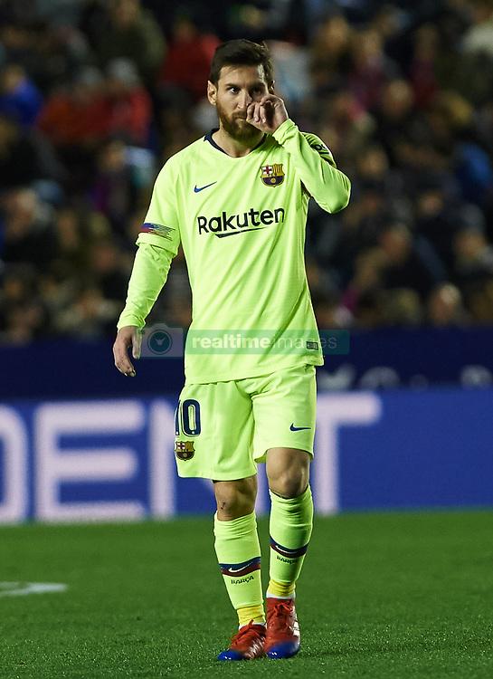 صور مباراة : ليفانتي - برشلونة 0-5 ( 16-12-2018 )  20181216-zaa-a181-012