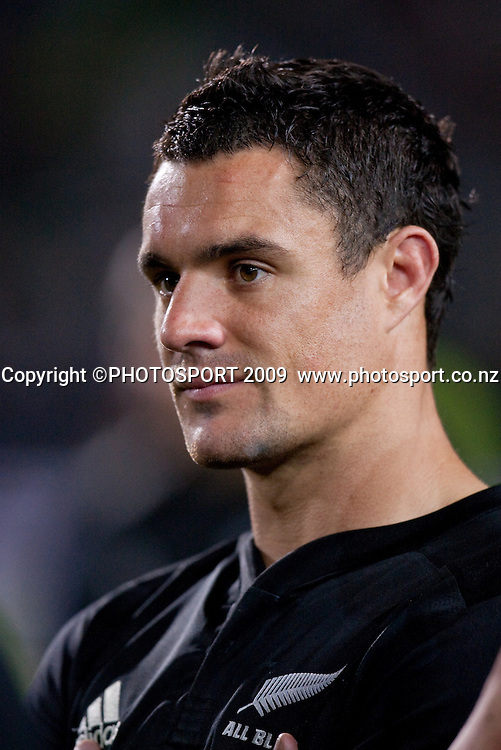 Daniel Carter ponders the result after the Tri Nations Rugby - All Blacks v South Africa, won 32-29 by the Springboks at Waikato Stadium, Hamilton, New Zealand, Saturday 12 September 2009. Photo: Stephen Barker/PHOTOSPORT