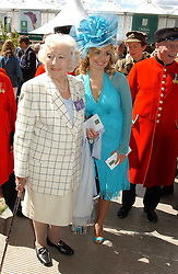 Left to right, DAME VERA LYNN and KATHERINE JENKINS at the 2005 RHS Chelsea Flower Show on 23rd May 2005<br /><br />NON EXCLUSIVE - WORLD RIGHTS