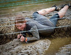 © Licensed to London News Pictures. 28/04/2018. Henley-on-Thames, UK. Participants take part in the 10 miles Tough Mudder in Henley-on-Thames, April 28, 2018. The hard core obstacle course boasts over 2.5 million contestants since its creation in 2010.. Photo credit: Andre Camara/LNP