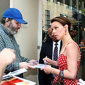 Debbie Mazar at Regis & Kelly  09/10/2005