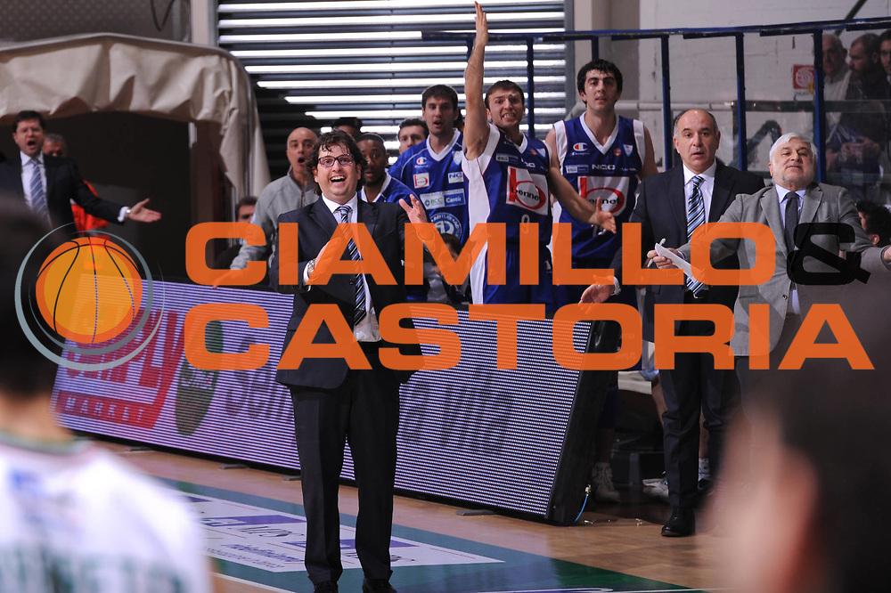 DESCRIZIONE : Siena Lega A 2011-12 Montepaschi Siena Bennet Cantu<br /> GIOCATORE : Andrea Trinchieri<br /> CATEGORIA : coach<br /> SQUADRA : Bennet Cantu<br /> EVENTO : Campionato Lega A 2011-2012<br /> GARA : Montepaschi Siena Bennet Cantu<br /> DATA : 04/12/2011<br /> SPORT : Pallacanestro<br /> AUTORE : Agenzia Ciamillo-Castoria/GiulioCiamillo<br /> Galleria : Lega Basket A 2011-2012<br /> Fotonotizia : Siena Lega A 2011-12 Montepaschi Siena Bennet Cantu<br /> Predefinita :