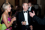 DOTTI IRVING; IAN HISLOP, The 2009 Booker Prize dinner. Guildhall. London. 6 October 2009