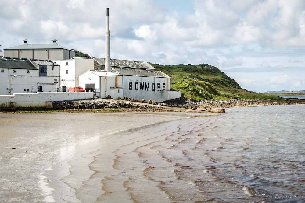 Bowmore Distillery in Bowmore, Isle of Islay, Scotland, July 15, 2015. Gary He/DRAMBOX MEDIA LIBRARY