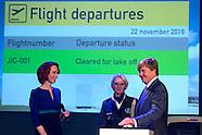 SCHIPHOL - Koning Willem Alexander opent Joint Inspection Center op Schiphol. Het Joint Inspection C