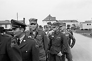 Marching along, Elvis Presley with his fellow GI's in Germany.<br /> <br /> Elvis Presley participant a une marche avec son groupe militaire.