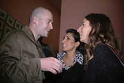 Jake Chapman, Serena Rees and Sarah Murray. JAKE AND DINOS CHAPMAN'S ' Like a dog returns to its vomit' White Cube, Hoxton Sq and afterwards at Vic Naylor's. St. John St. London.   18 October 2005. ONE TIME USE ONLY - DO NOT ARCHIVE © Copyright Photograph by Dafydd Jones 66 Stockwell Park Rd. London SW9 0DA Tel 020 7733 0108 www.dafjones.com