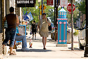 Shopping along 3rd Ave. in Sturgeon Bay, Wisconsin.  (Mike Roemer Photo)