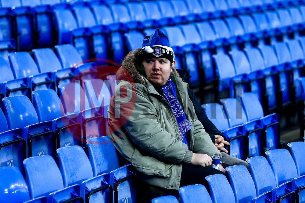 An Everton fan in a Santa Hat - Mandatory by-line: Robbie Stephenson/JMP - 23/12/2018 - FOOTBALL - Goodison Park - Liverpool, England - Everton v Tottenham Hotspur - Premier League