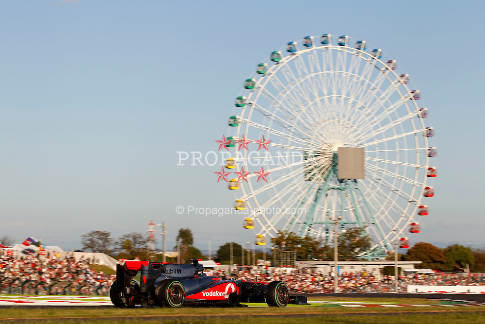 Motorsports / Formula 1: World Championship 2010, GP of Japan, 01 Jenson Button (GBR, Vodafone McLaren Mercedes),