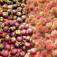 Rambutan NgoR and Mangosteen Mang-Kut Display in Bangkok, Thailand<br />
