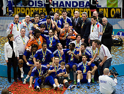 30.01.2011, Malmö Arena, SWE, IHF Handball Weltmeisterschaft 2011, Herren, Finale, Frankreich vs Dänemark, im Bild, // WM Sieger und Goldmedaillie fuer Frankreich.// during the IHF 2011 World Men's Handball Championship final match Francevs Danmark at Malmo Arena, Sweden on 30/1/2011. EXPA Pictures © 2011, PhotoCredit: EXPA/ nph/ Bildbyran ****** out of GER / SWE / CRO ******