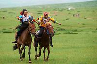 Mongolie, province de Ovorkhangai, Burd, la fete du Naadam, course de chevaux // Mongolia, Ovorkhangai province, Burd, the Naadam festival, horses race